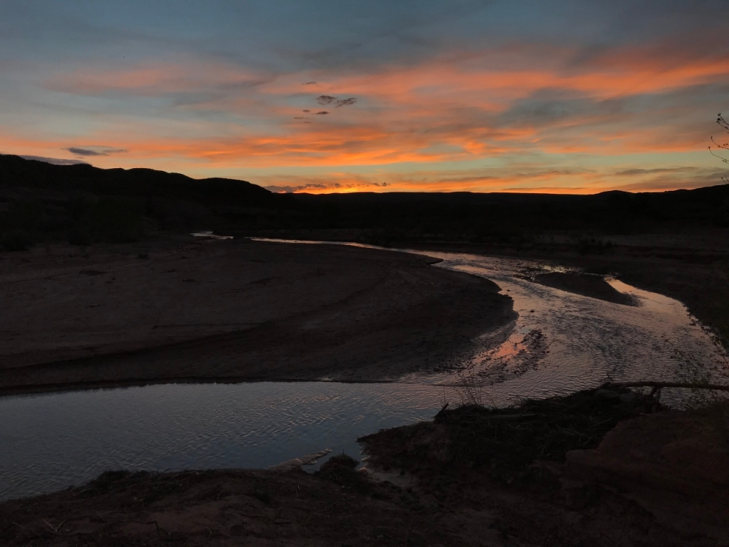 18 Paria River Camp Sunset
